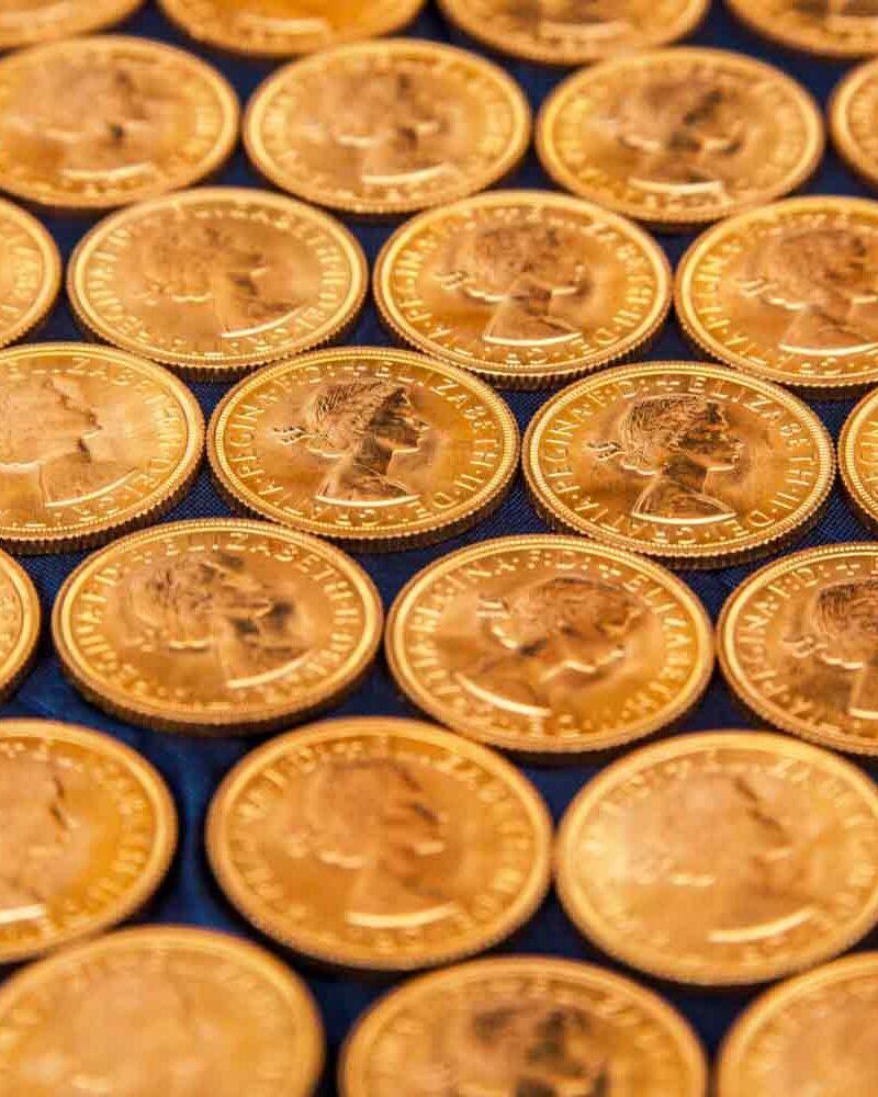 composizione di sterline d'oro